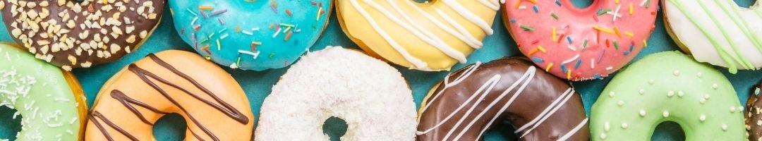 Donuts in verschiednen Geschmacksrichtungen