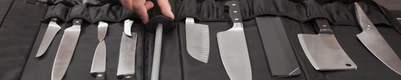 Messerrasche mit verschiedenen Messer